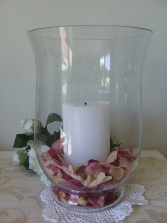 Hurricane lamp with freeze dried rose petals