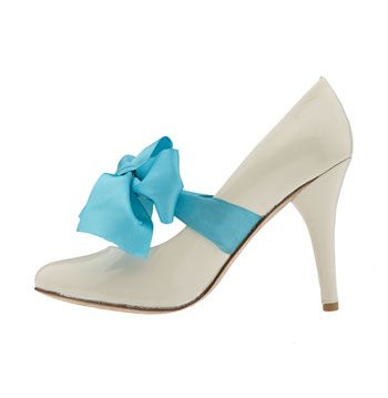 shoe-with-blue